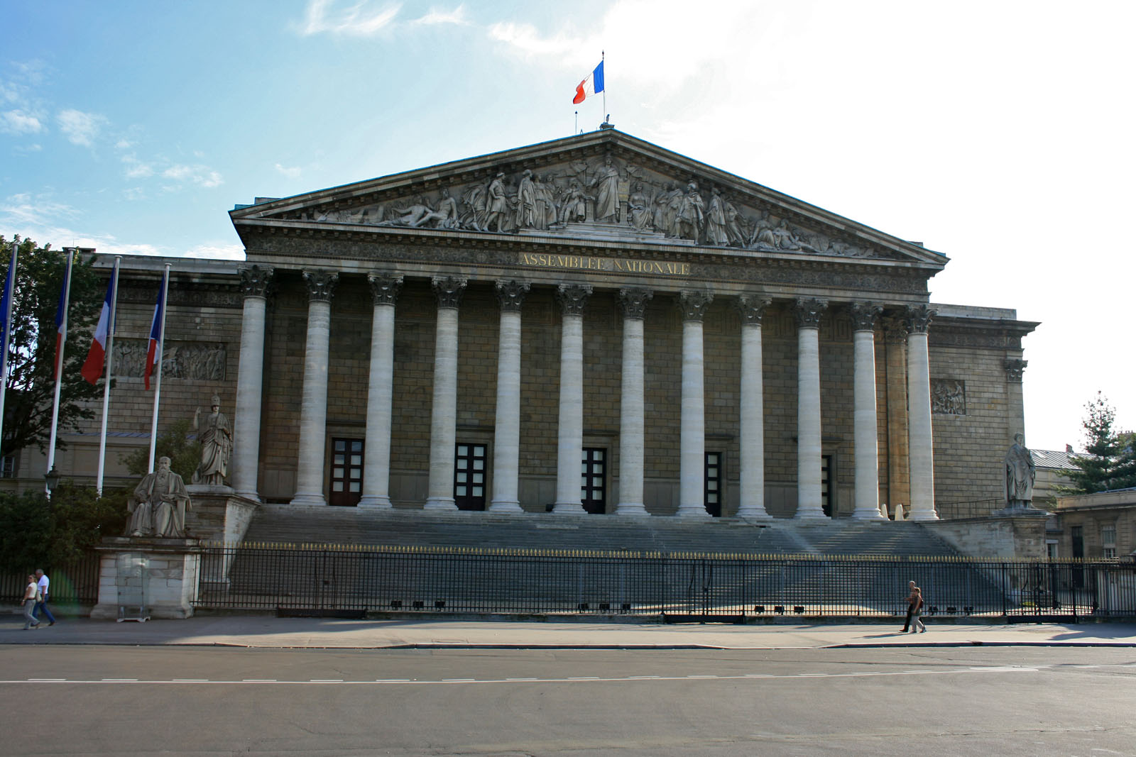 1600 assemblee nationale francaise 10